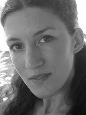 Rosa Stride, comédienne bilingue